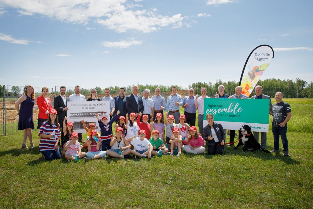 The City of Joliette broke ground on the 11th BLEU BLANC BOUGE rink